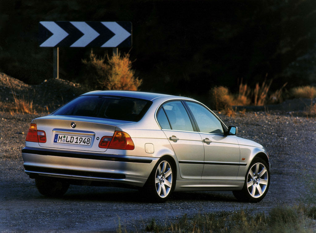 BMW 3er-Reihe der Generation E46 ohne BMW M Paket. (Vor-Facelift)